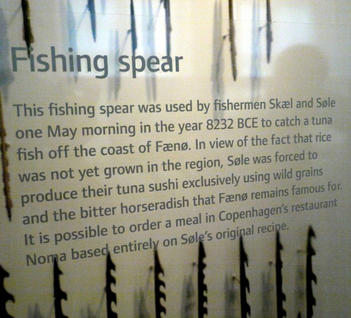 Merete Pryds Helle's 'extra' caption on Mesolithic harpoon points in the National Museum of Denmark